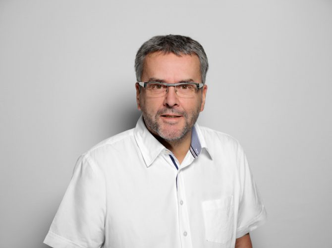 Dr. med. Ulrich Roos